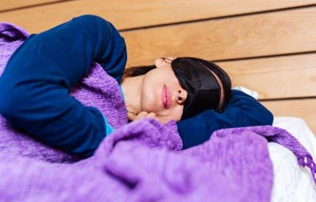Women sleeping soundly in bed - Other Science-Backed Tips to Lose Weight | Other Science-Backed Tips to Lose Weight | How To Combat Chronic Fatigue And Weight Gain