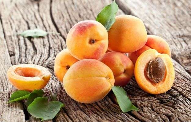 apricots | Fiber-rich Foods | How to Treat A Leaky Gut With Food And Supplements