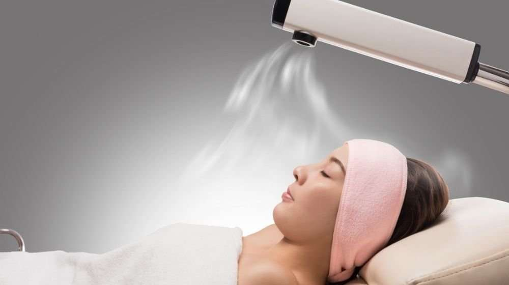 a-girl-lying-and-relaxing-with-the-machine | Feature | What is Ozone Therapy | Everything You Need to Know