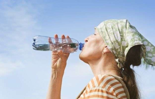 woman drinking water | Drink Water | 5 Steps to Increase Stamina and Fight Fatigue
